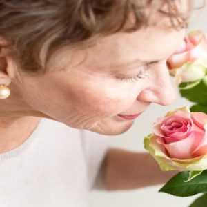 Decreased sense of smell could be linked to cognitive illnesses